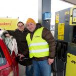 Mürzzuschlag: Tankaktion mit Rudi Roubinek bei neuer Avanti-Station