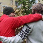 Integration erleichtern: Caritas sucht PatInnen für geflüchtete Menschen