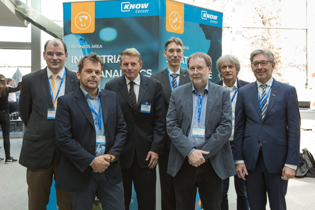02: Smart Production im Fokus: v.l. Gerhard Schiefer (ANDRITZ), Martin Mayer (Evon), Anthony Jameson (Chusable), Wolfgang Kienreich (Know-Center), Michael Prohammer (EPCOS), Franz Weghofer (Magna Steyr), Rudolf Pichler (TU Graz)