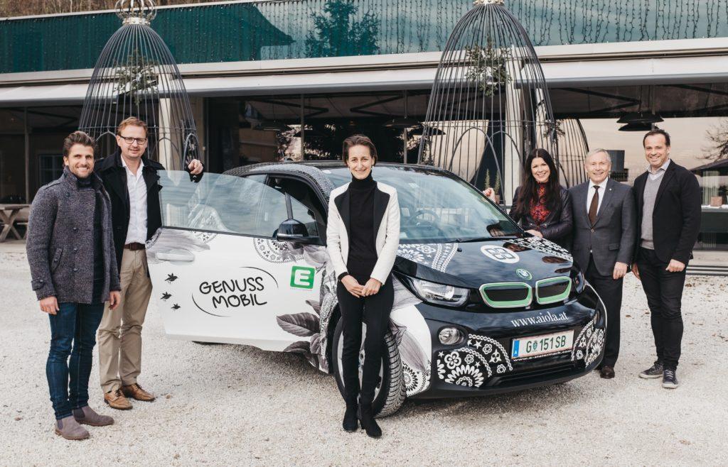 01: Hannes Zeichen (GF E-Next), Dietmar Silly (GF PuresLeben), Heidi Schaller (Kfm. Direktorin Vinoble Cosmetics), Aiola-GF Judith Schwarz, Christian Purrer (Sprecher des Vorstandes der Energie Steiermark) und Aiola-GF Gerald Schwarz